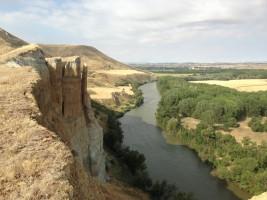 Verticales Cortados en la zona de Valvení sobre el rio Pisuerga