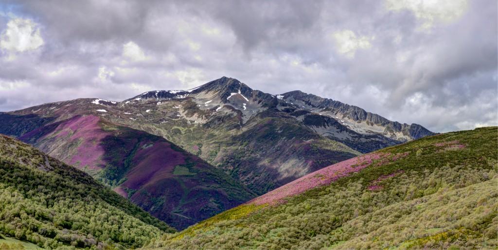 Vista del Valdeiglesias (2.134 metros)